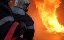 Seine-Maritime : un bâtiment de stockage détruit par un incendie au Petit-Caux