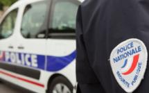 Sotteville-lès-Rouen (Seine-Maritime) : deux lycéens blessés au couteau par un troisième sur fond de rivalité amoureuse