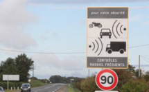 Port-Marly (Yvelines) : à la vue du radar, le motard freine brusquement et chute, il est blessé grave