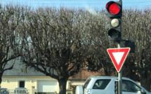 Rouen : carton rouge pour 13 conducteurs, verbalisés pour non respect des feux tricolores