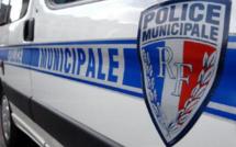 Eure : il chute avec sa moto en tentant d'échapper à un contrôle de la police municipale d'Aubevoye