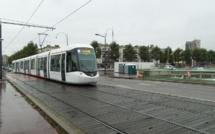 Voiture contre rame de métro à Rouen : un blessé léger, 150 passagers évacués
