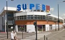 Le Havre : deux voleurs d'alcool et de jeux vidéo démasqués par les surveillants d'un hypermarché