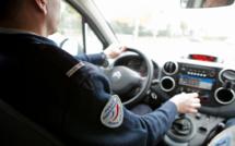 Evreux : sans permis, le conducteur cède le volant à sa compagne à la vue de la police