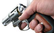 Yvelines : il se blesse à un doigt en manipulant son arme à feu à Carrières-sur-Seine
