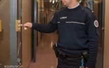 Évreux : l'envie d'uriner le conduit en garde à vue et devant le tribunal pour outrages