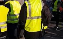 Gilets jaunes : les forces de l'ordre évacuent le rond-point des Vaches à Saint-Étienne-du-Rouvray