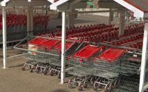 Seine-Maritime : 47 caddies détruits dans un incendie au centre commercial Auchan du Havre