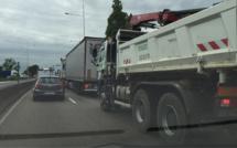 Neige et verglas: restrictions de circulation pour les poids-lourds en Île-de-France ce mardi