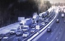 Neige  : les restrictions de circulation imposées aux poids-lourds levées en Normandie
