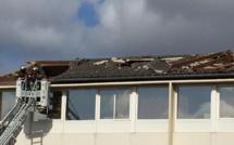 Vents violents en Seine-Maritime : 4 blessés à Riville, le toit d'une école arraché à Déville