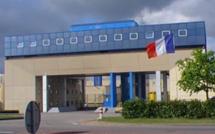Mort d'un détenu dans l'incendie de sa cellule au centre de détention de Val-de-Reuil