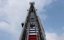 Eure : un jeune homme escalade un pylône et menace de se jeter dans le vide à 15 m de hauteur