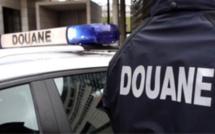 La douane du Havre saisit 1kg de drogue dans un véhicule contrôlé dans l'Eure : cinq interpellations