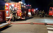 Incendie à Biotropica dans l'Eure :  25 pompiers sont à pied d'œuvre, les animaux hors de danger