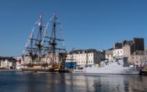 Cherbourg-en-Cotentin : L'Hermione se déplace pour des raisons météorologiques
