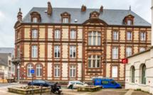 L'ancienne sous-préfecture de Bernay dans l'Eure est à vendre aux enchères