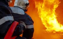 Dieppe : la cabane des «gilets jaunes» détruite par les flammes au rond-point Eurochannel