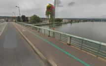 Vernon : plongeurs et hélicoptère à la recherche d'un homme qui se serait jeté du pont Clemenceau