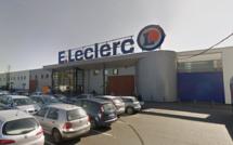 Seine-Maritime : victime d'un malaise cardiaque, elle est sauvée par une employée du centre commercial