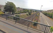 Yvelines : des policiers empêchent une adolescente suicidaire de se jeter sous un train
