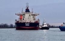 Le navire échoué en Seine a été dégagé : il a repris sa route vers le port de Rouen