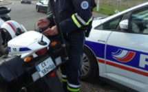 Évreux : ivre, le conducteur à bout de force pour souffler dans l'éthylotest des policiers