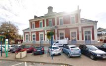 Eure : opération de sécurisation à la gare de Bernay où la toiture menace de s'envoler