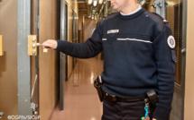 Yvelines : soupçonné de trafic de drogue, il se rebelle lors de son interpellation aux Mureaux