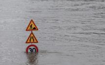 Seine-Maritime : des moyens de pompage et un drone en renfort sur le front des inondations