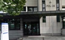 Yvelines : il poignarde son colocataire dans son sommeil et se livre à la police à Mantes-la-Jolie