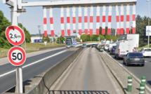 Rouen : un poids lourd reste coincé dans la trémie de la Motte, le conducteur légèrement blessé