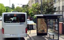 Yvelines : le chauffeur de bus refuse de les laisser monter sans masque, ils brisent une vitre