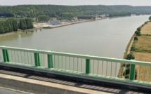 Seine-Maritime : elle meurt noyée après avoir sauté du pont de Brotonne