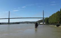 Seine-Maritime : l'homme repêché dans la Seine près du pont de Brotonne n'a pu être réanimé