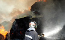 Eure : 300m3 de déchets verts s'embrasent en pleine nuit à Saint-Didier-des-Bois
