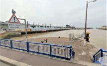 Seine-Maritime : neuf migrants albanais découverts dans un bateau à Fécamp