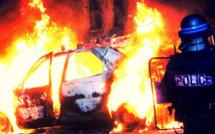 Une voiture volée incendiée aux Mureaux (Yvelines)