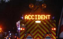 Yvelines : la voiture prend feu après des tonneaux sur la N10, à Rambouillet le conducteur prend la fuite