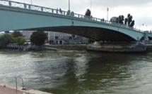 Pont Corneille à Rouen : un homme tombé dans la Seine réanimé par les sapeurs-pompiers