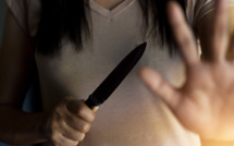 Yvelines : la femme suicidaire menace les sapeurs-pompiers avec un couteau, à Limay