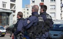 Rébellion et mini-émeute à Elbeuf : la police déploie du monde pour interpeller ses assaillants