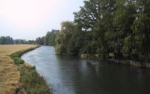 Les deux agresseurs traversent l'Eure à la nage pour échapper aux gendarmes