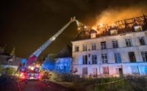 Le château de Oissel, près de Rouen, en flammes cette nuit : aucune victime n'est à déplorer