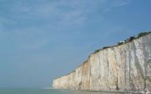A Criel-sur-Mer, la falaise s'éboule sur 200 mètres près de la plage : pas de victime