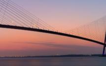 Des objets dérivés à l'image de l'emblématique Pont de Normandie mis en vente