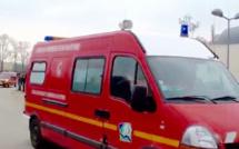 Seine-Maritime : une bétonnière se couche sur le flanc, à Beaubec-la-Rosière, la conductrice blessée