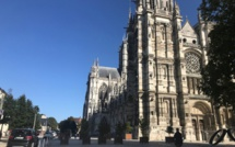 Fausse alerte incendie à la cathédrale Notre-Dame d'Evreux : 39 sapeurs-pompiers mobilisés