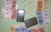 Trafic de drogue : de la cocaïne et de l'argent liquide saisis dans sa chambre