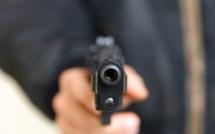 Yvelines. Le braqueur  frappe avec son arme un commerçant de Meulan : il est en garde à vue